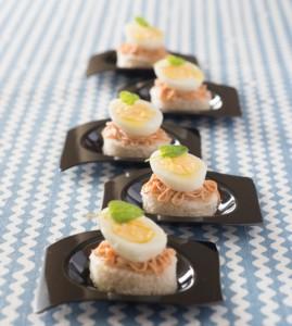 Tartine con uovo alla coque